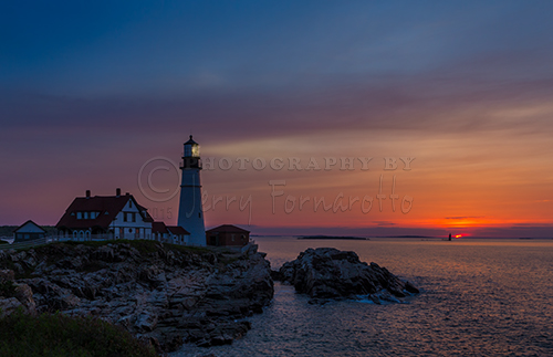 Portland Head Light is a historic lighthouse located in Fort Williams Park, Cape Elizabeth, Maine.