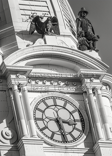 Philadelphia City Hall is 584 feet tall. The four clocks of the tower are 26 feet in diameter. In the start of 1894 it was the tallest building in the world.