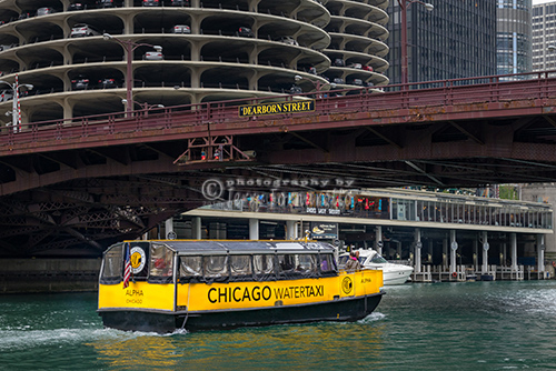 Water Taxi at Dearborn Street