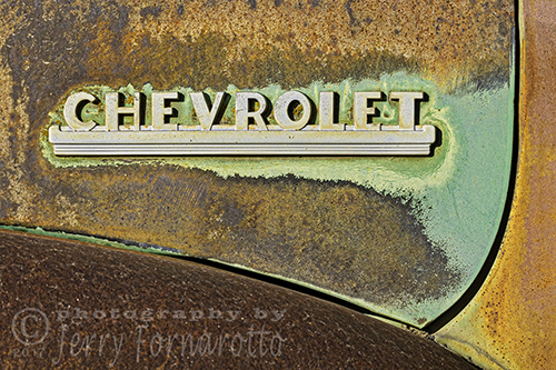 Chevrolet Logo and Rust