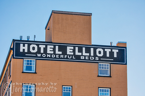 The Hotel Elliott is located in downtown Astoria, Oregon. This historical is recommended by The New York Times Travel, Conde' Nast Traveler, Sunset, and Travel and Leisure magazines – your assurance of superior quality and service.