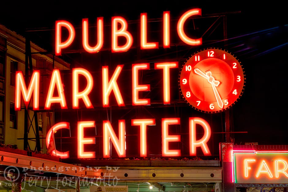 Pike Place Market in neon. Canon 5D MKIV, Canon 70-200mm set to 70mm, 3.2sec, f10
