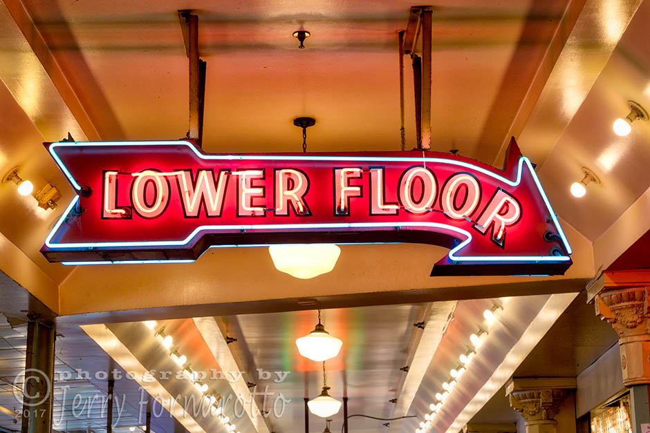 A retro style neon sign at the Pike Place Market, Seattle, Washington. Canon 5D MKIV, Canon 70-200m set to 70mm, 1/15sec, f11