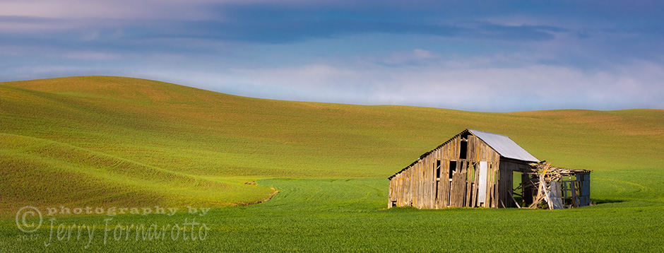 Derelict Barn in the Palouse