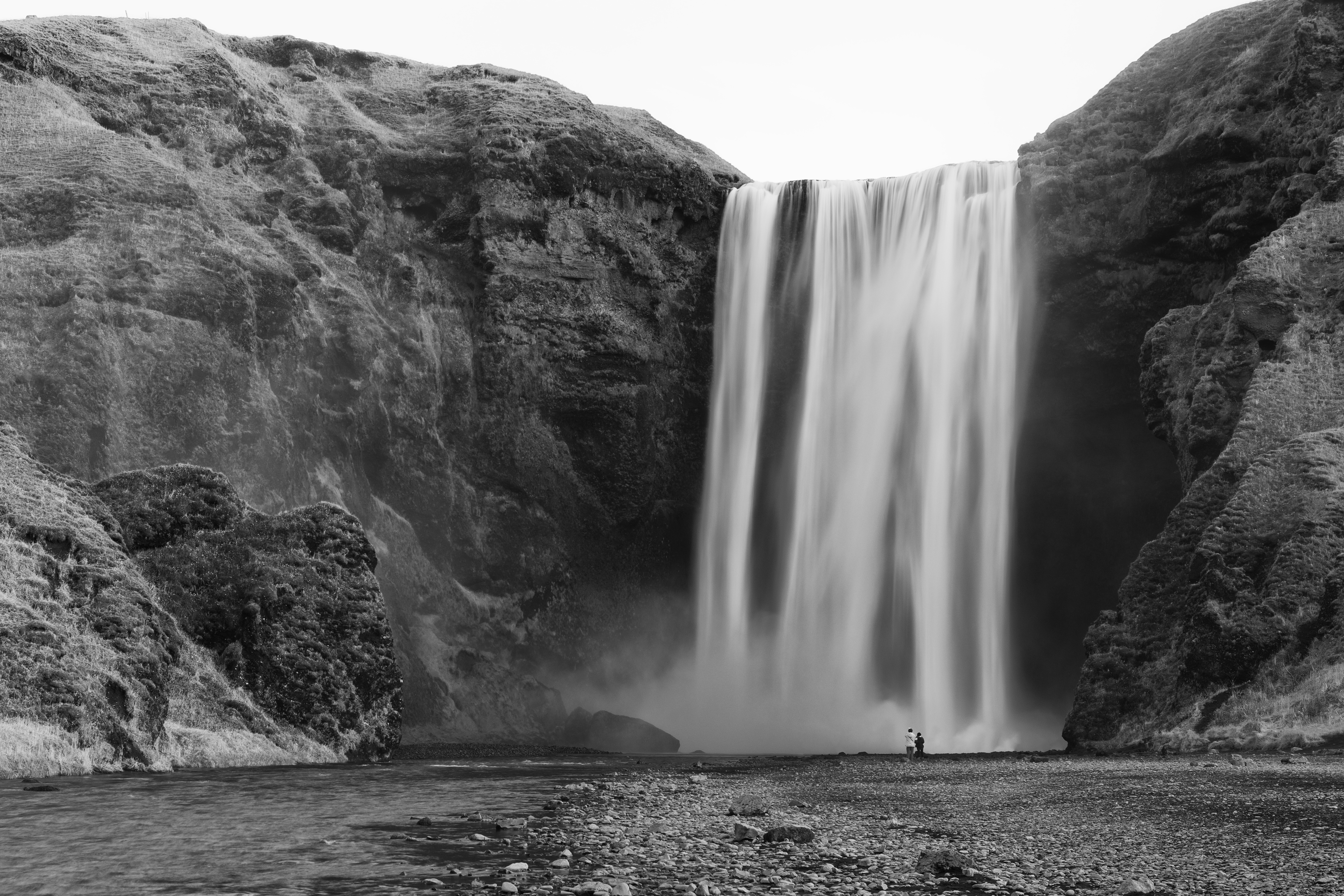 The Skógafoss is one of the biggest waterfalls in Iceland with a width of 49 feet and a drop of 200 feet.